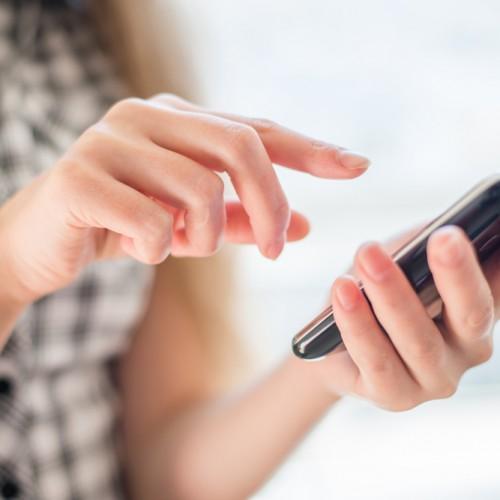 Smartphones, la nueva puerta al mundo digital más plural